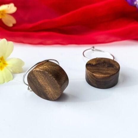 Runde øreinge lavet af træ (5)